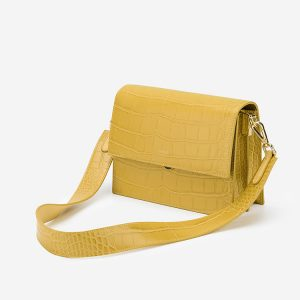 Wearth London recycled cotton and vegan handbags